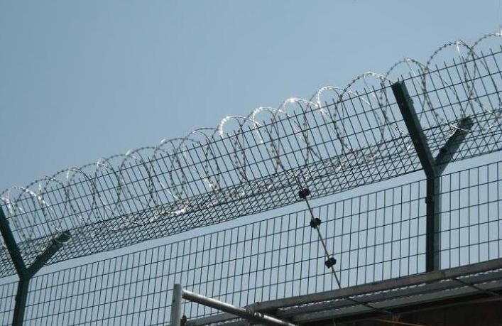监狱刀刺网怎样做好防腐处理使它寿命更持久呢